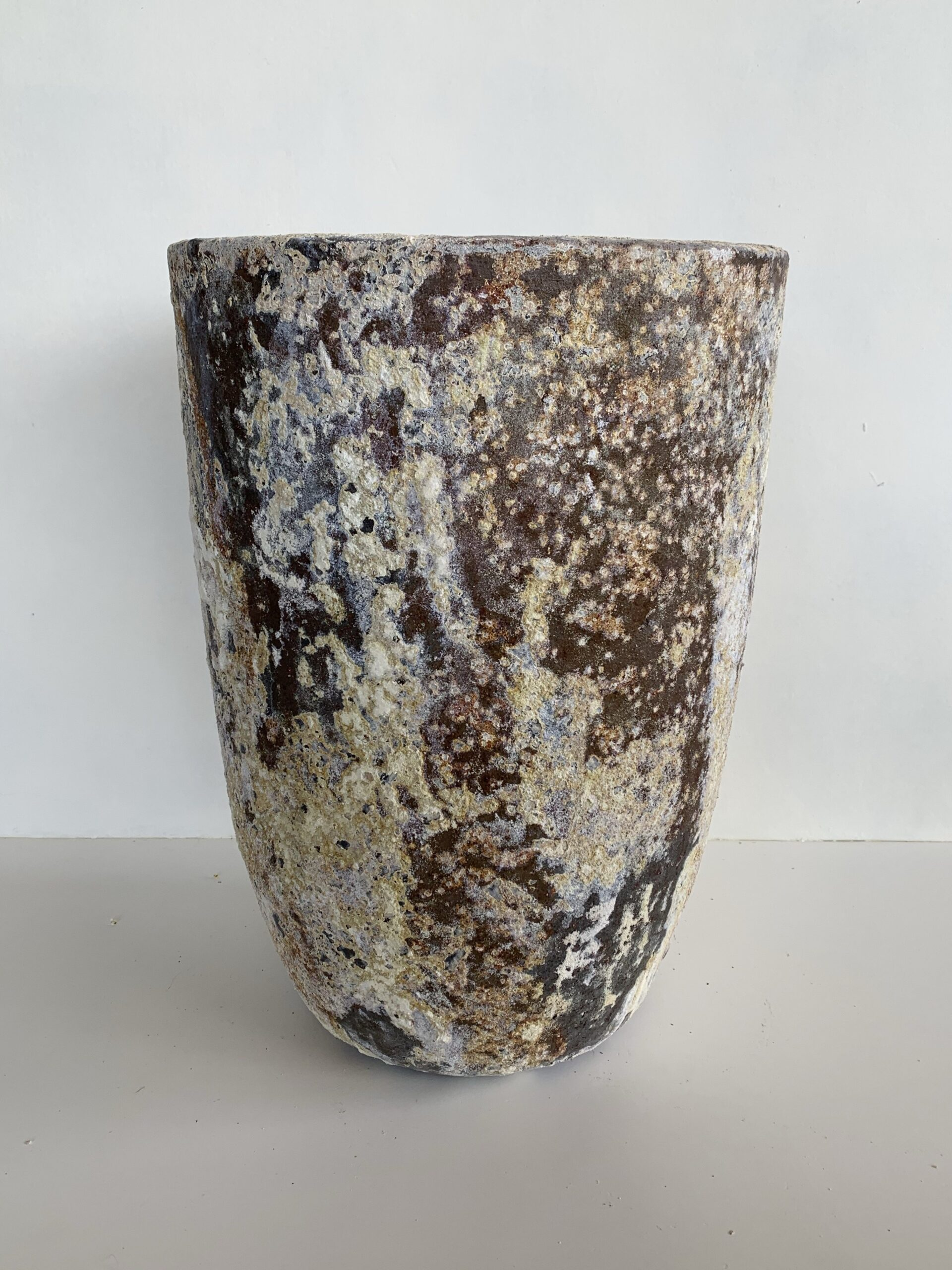 Beautiful aged plant pot from The Green Room